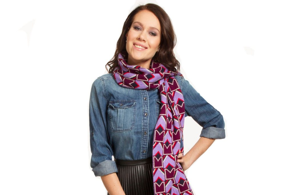 One-shoulder-toss-scarf